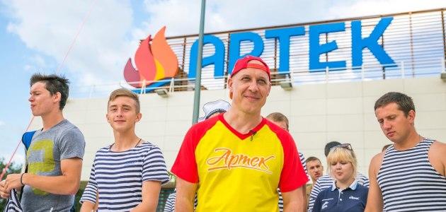 Денис Майданов стал вожатым в «Артеке»